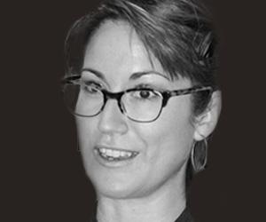 Dr. Melina Uncapher