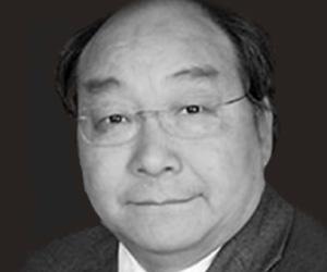 Dr. Xiangen Hu